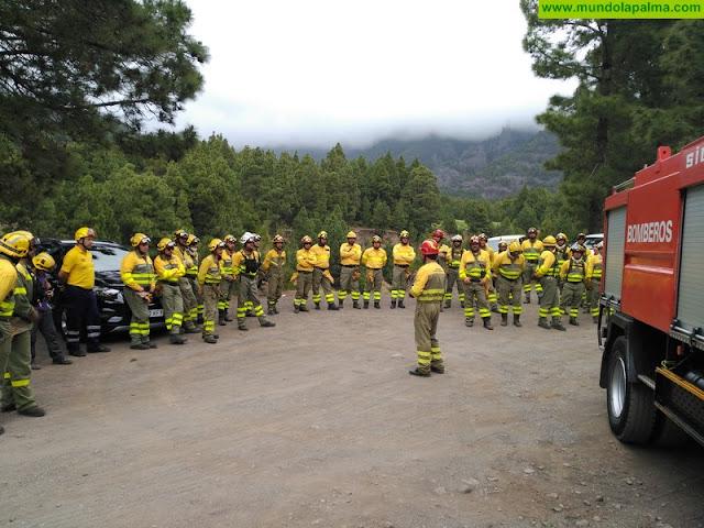 Política Territorial forma a operarios de extinción de incendios forestales sobre medidas de autoprotección en caso de atrapamiento