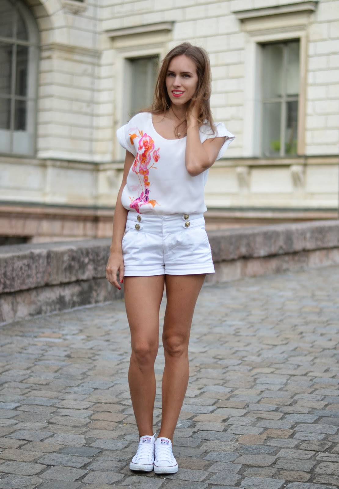kristjaana mere outfit summer 2015 trend white out
