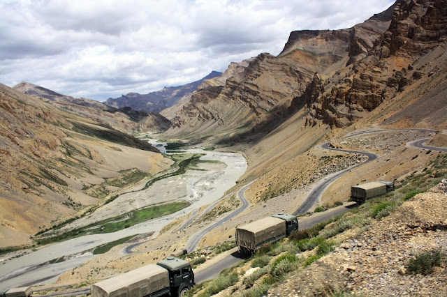 Indian, army, truck, convoy, desert, highest, leh, ladakh, manali, route, view