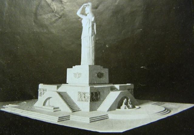 А так мог выглядеть памятник Свободы в Риге, если бы был утвержден проект, предложенный Р. Тилбергсом и А. Пуритсом (кстати, проектов памятника было как минимум 5 вместе с тем, который в итоге и оказался победителем).