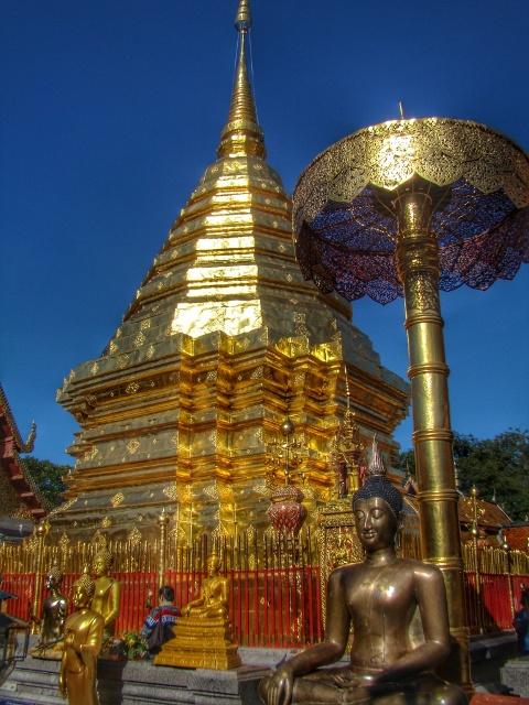 Como llegar, precios y horarios para visitar el templo de Doi Suthep en Chiang Mai