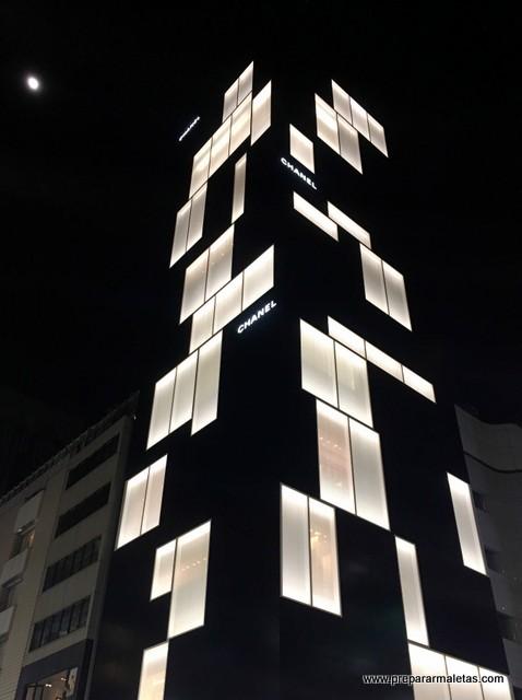 rascacielos en Ginza, Tokio, Chanel