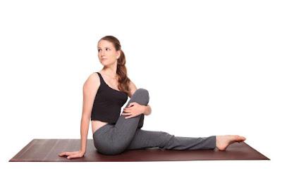 Tư thế Ngồi vặn người (Twisted Seated Yoga Pose)