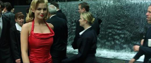 The Matrix La Misteriosa Mujer Del Vestido Rojo Descifrado