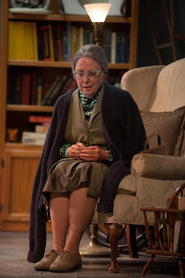 BWW review: Sierra Madre Playhouse Offers Brilliant Production of THE GIN GAME