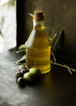 Olive Oil a Home Remedies to stay away from lice