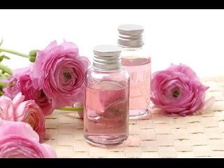 صناعة عطر الورد في المنزل