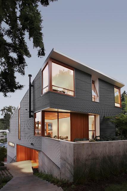 แบบบ้านสองชั้นบานกระใหญ่