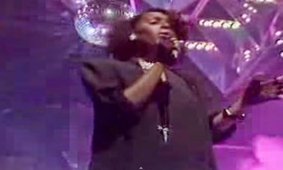 videos-musicales-de-los-80-phyllis-nelson-move-closer
