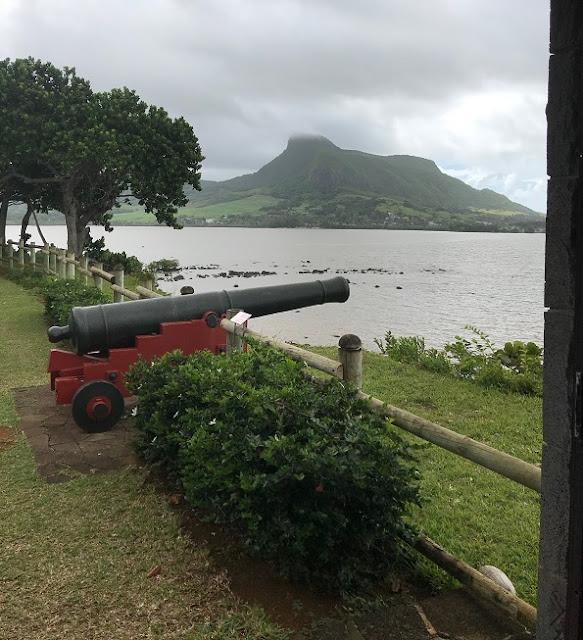 Falaise Rouge, Mauritius