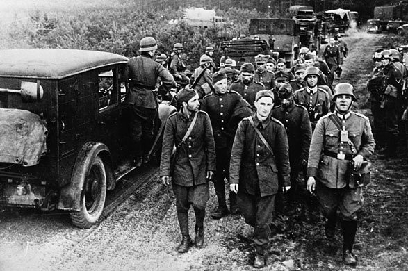 September 23 1939 Polish POWs worldwartwo.filminspector.com