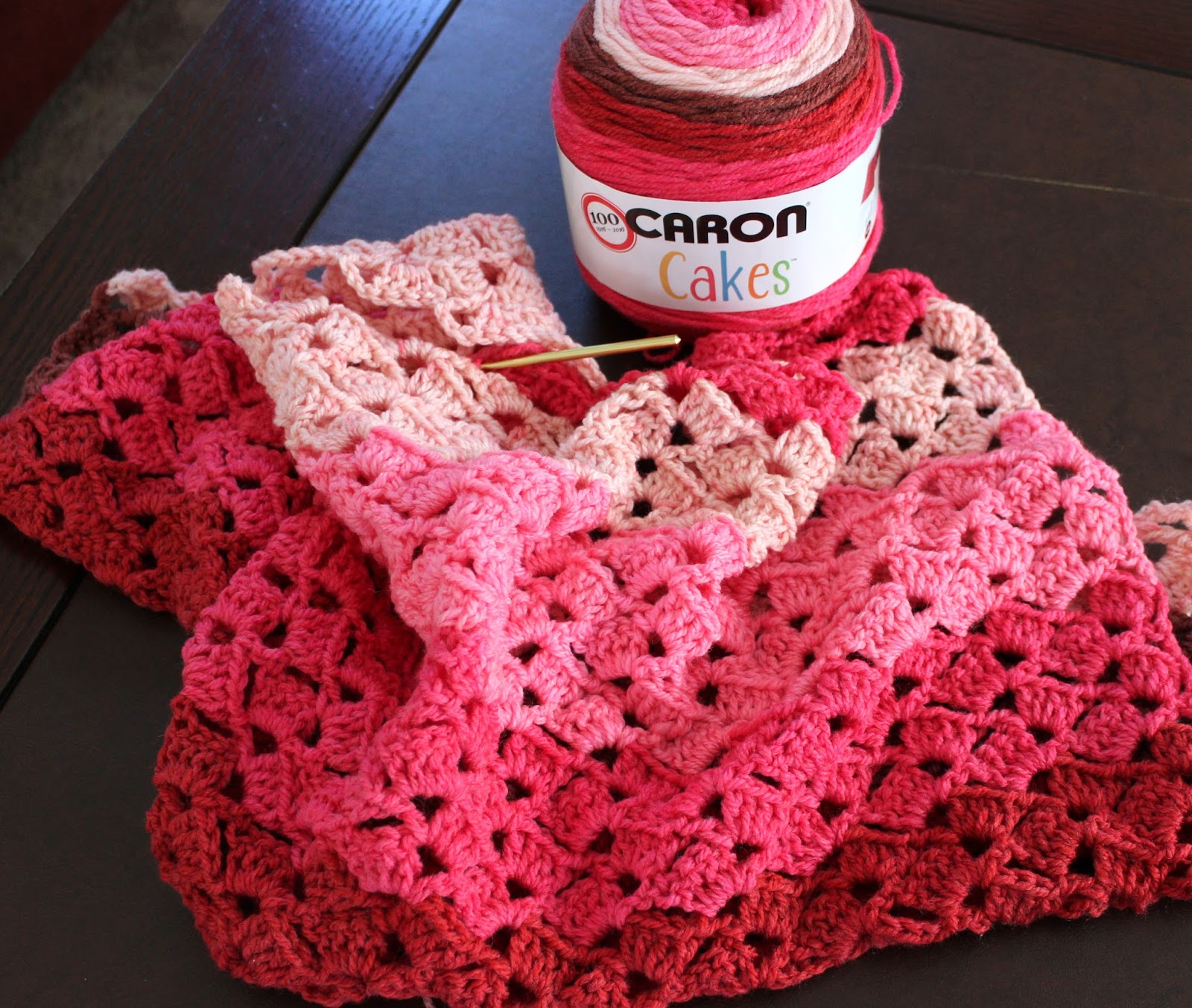 Crochet Patterns Using Sweet Roll Yarn : Lacy Crochet: My First Caron Cakes in Cherry Chip. Yarn Review