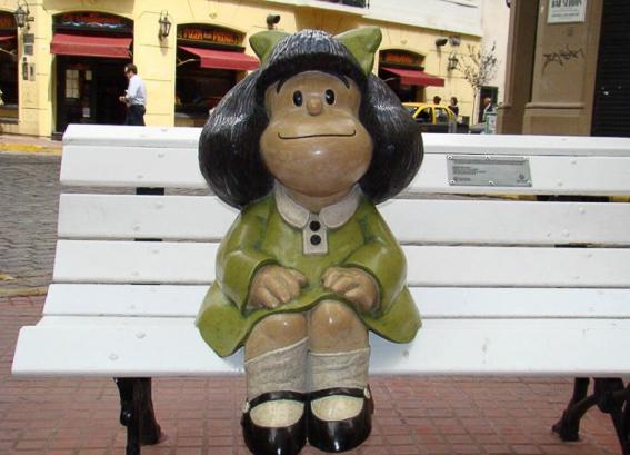 Estatua de Mafalda en Buenos Aires. Argetina