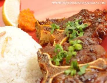 Sup Iga dan buntut bakar di Warung Wayang, rsto cafe, alamat, fasilitas, menu,tempat makan.