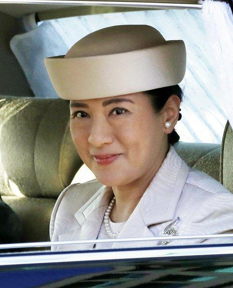 Crown Prince Naruhito, Crown Princess Masako, Emperor Akihito, Empress Michiko, Prince Akishino, Princess Kiko and Princess Hisako