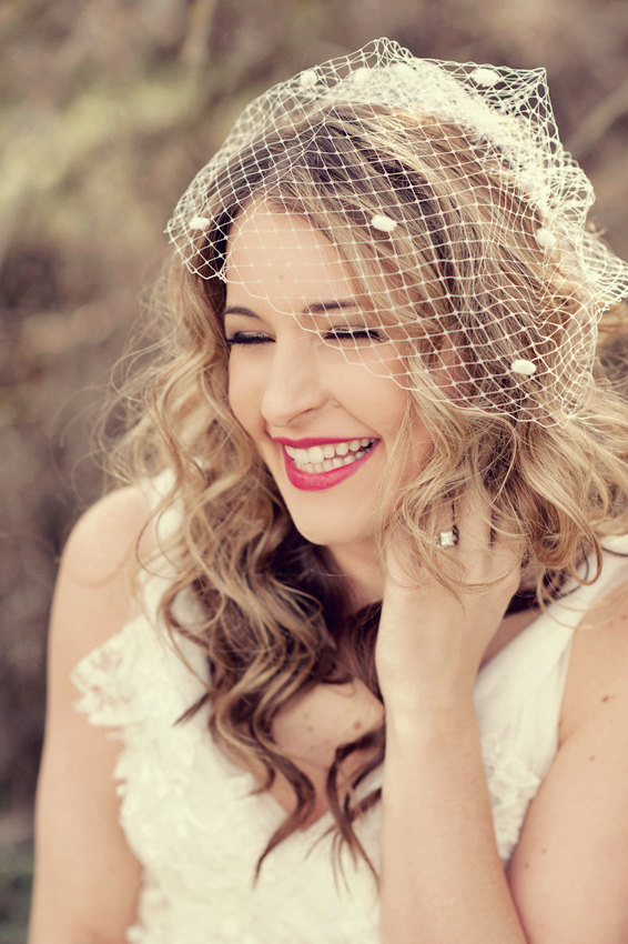 Chic Dress UK: How to Wear a Birdcage Veil with Your Hair ...