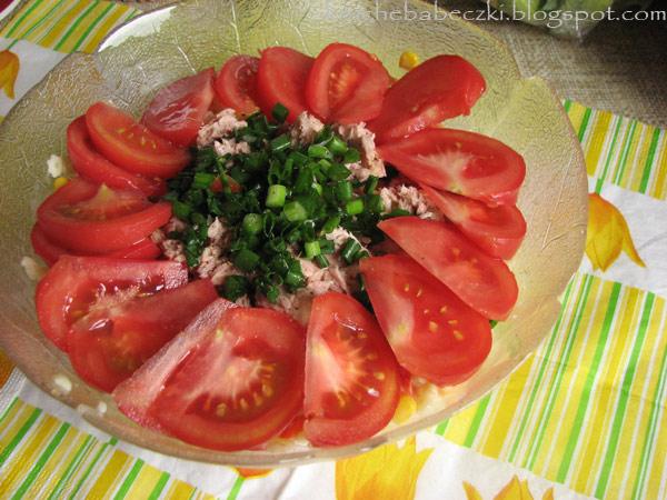 Sałatka z makaronem i tuńczykiem :))
