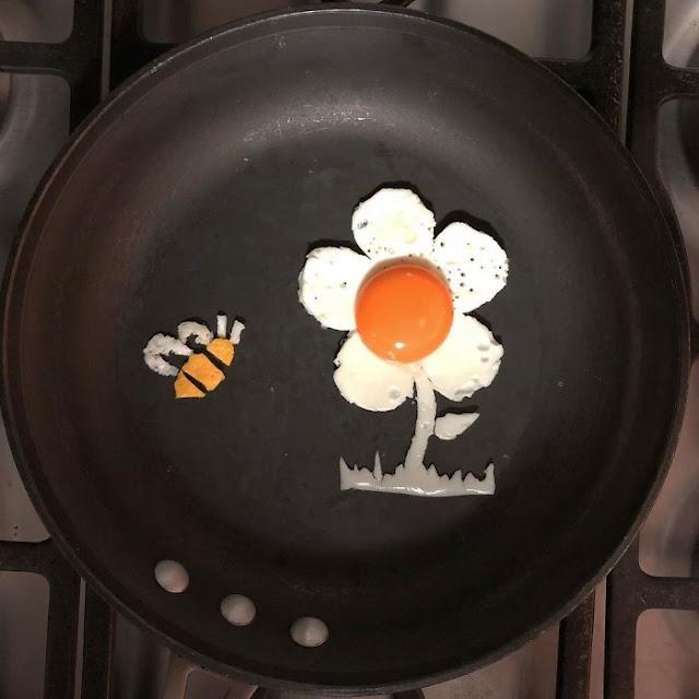 telur bentuk bunga dan lebah