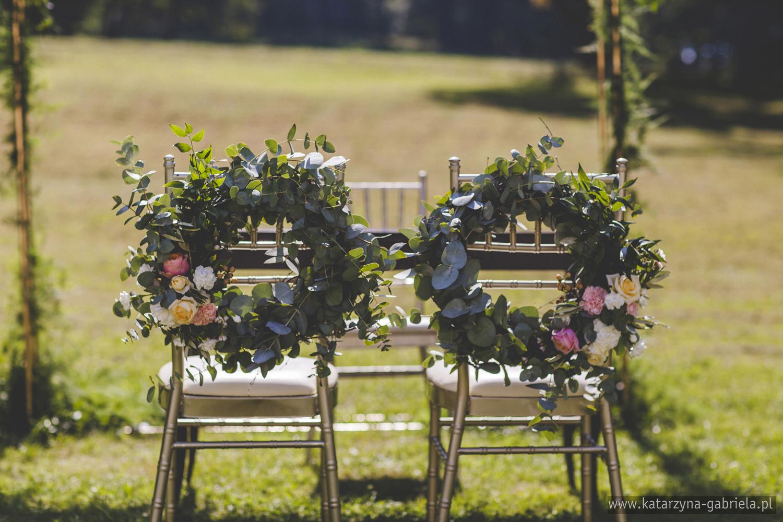 Dekoracje ślubnem Bukiet Love, Romantyczny ślub w ogrodzie, Śluby międzynarodowe, Polsko Francuskie wesele, Ślub Cywilny w plenerze, Ślub w stylu francuskim, Romantyczny ślub, Wesele w Pałacu Goetz, Blog o ślubach, Najpiękniejsze śluby w Polsce