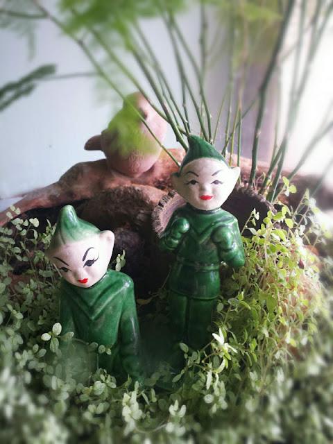 Pair of Elves