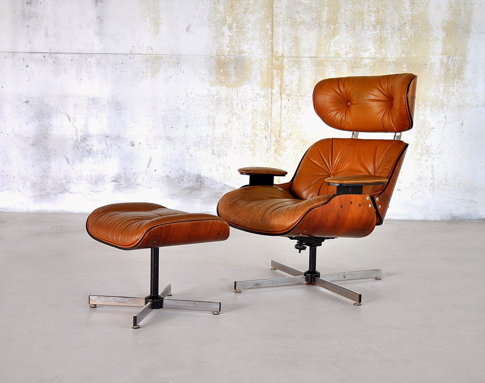 Select Modern Eames Leather Lounge Chair Ottoman