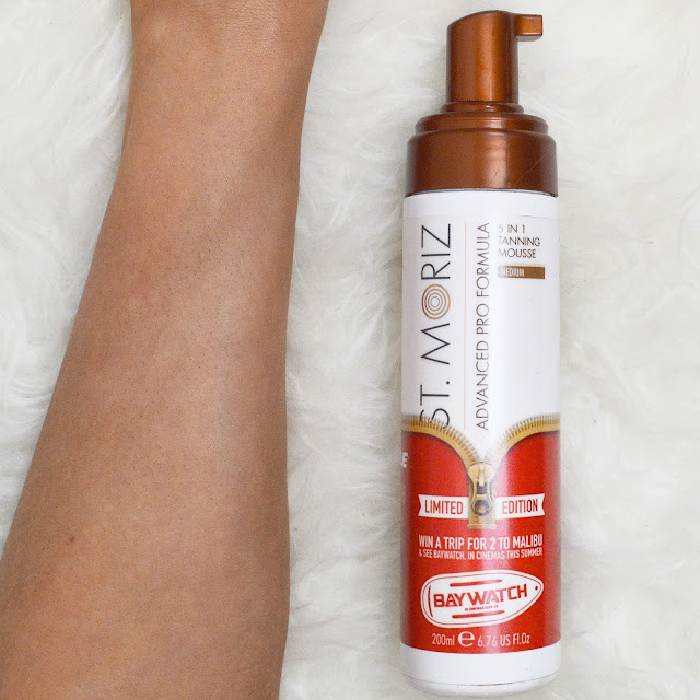 St Moriz 5 in 1 Advanced Professional Formula Medium Mousse Tan Review