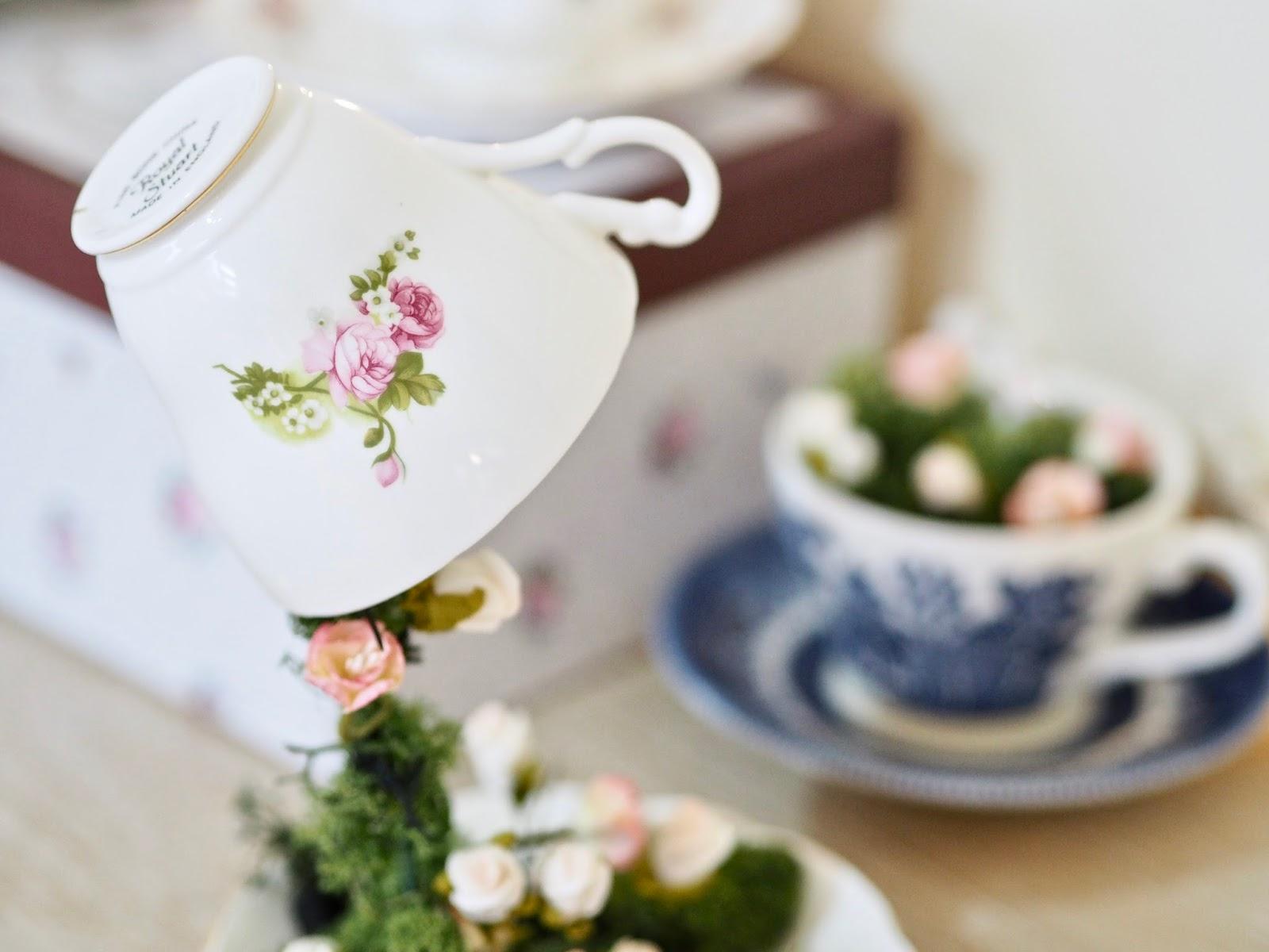 Floating tea cup tutorial