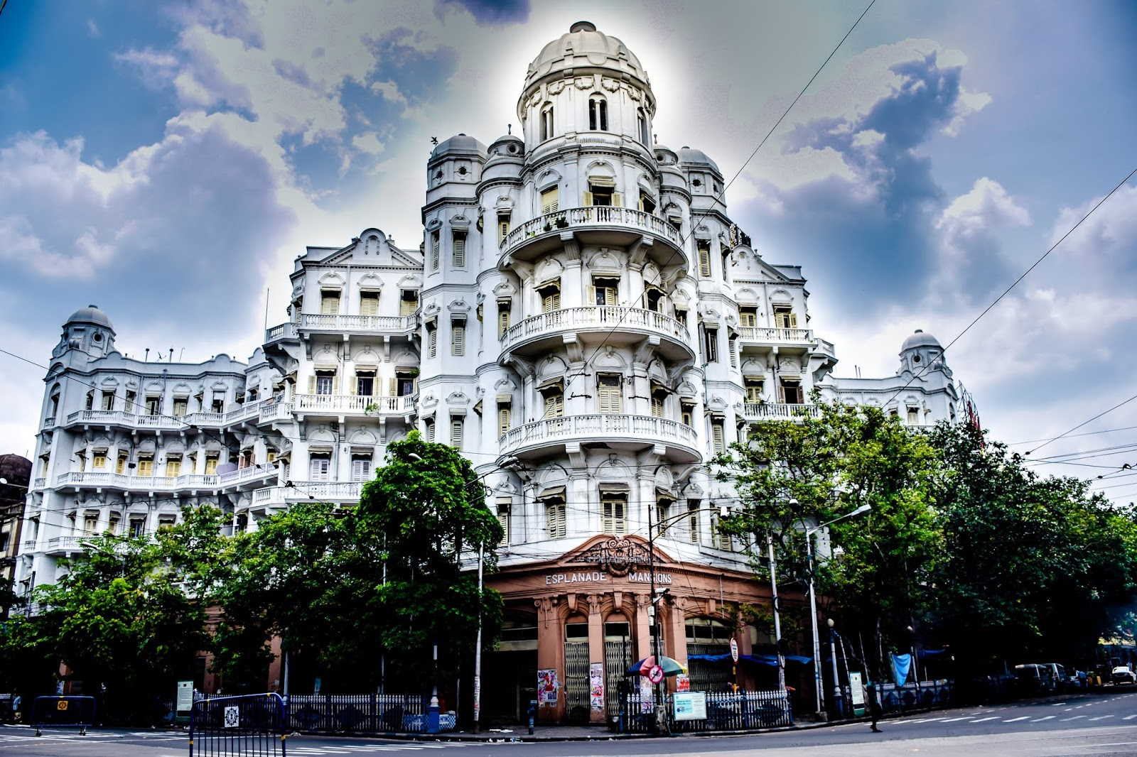Esplanade Mansion, Queens Mansion and Park Mansion Kolkata @DoiBedouin