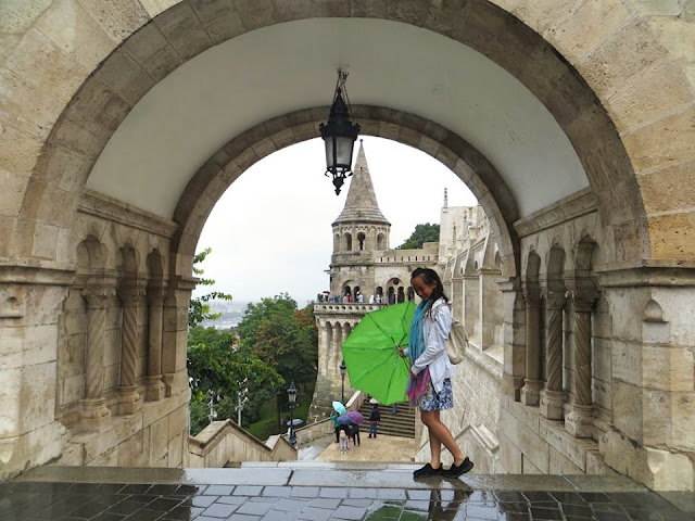 Budapest, Miss Happy Feet, Vivian Lee, Hungary, Interrail
