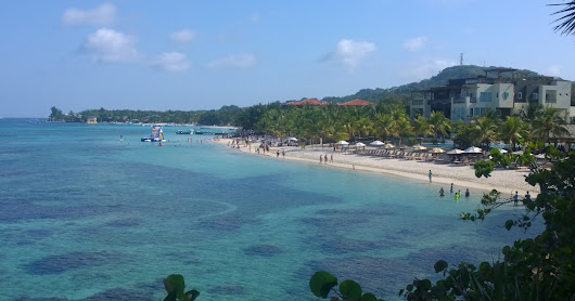 Roatan - A Fool's Guide to West End and West Bay