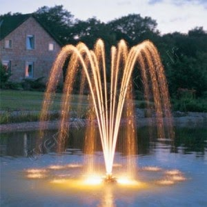 Plaukiojantis tvenkinių fontanas
