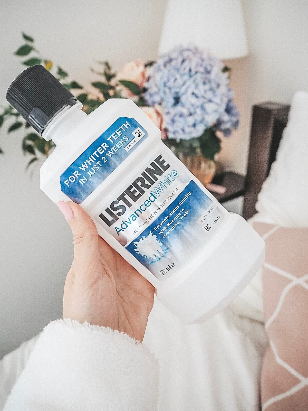 Listerine Advanced White Mouthwash Review