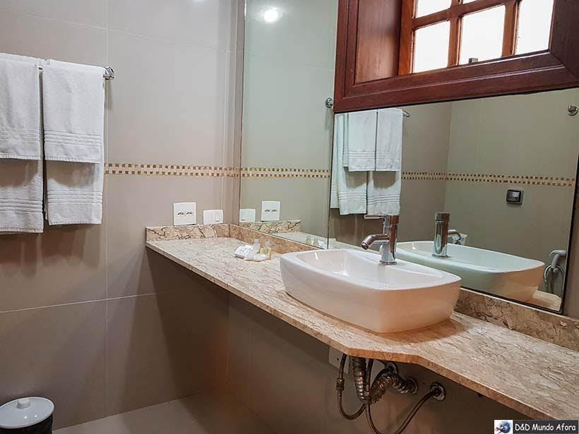 Banheiro adaptado para cadeirantes e idosos na Pousada Campos dos Holandeses - Onde ficar em Campos do Jordão