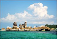 Paket Tour Open Trip Belitung - Pantai Tanjung tinggi