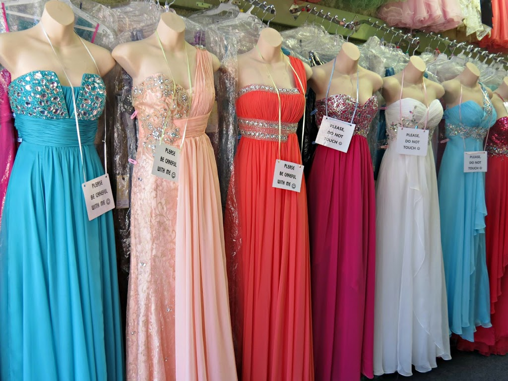 Stores that buy prom dresses near me