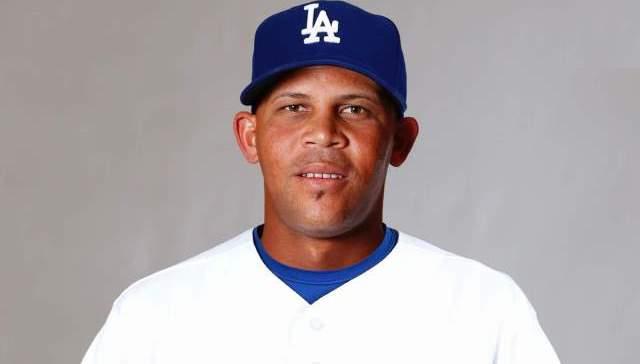Con un bono de US$200,000 por firmar, Fernández es visto como un bateador zurdo y de contacto que sabe jugar en la segunda base
