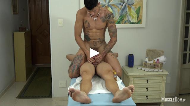 MuscleDom - Eddie and Tim