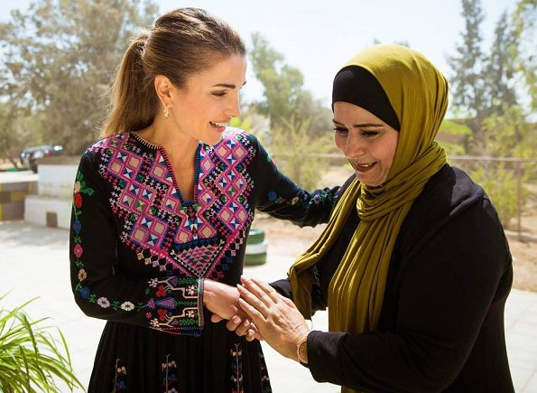 Queen Rania wore ULLA JOHNSON Irina embroidered silk canvas maxi dress from Pre-Fall 2017 collection