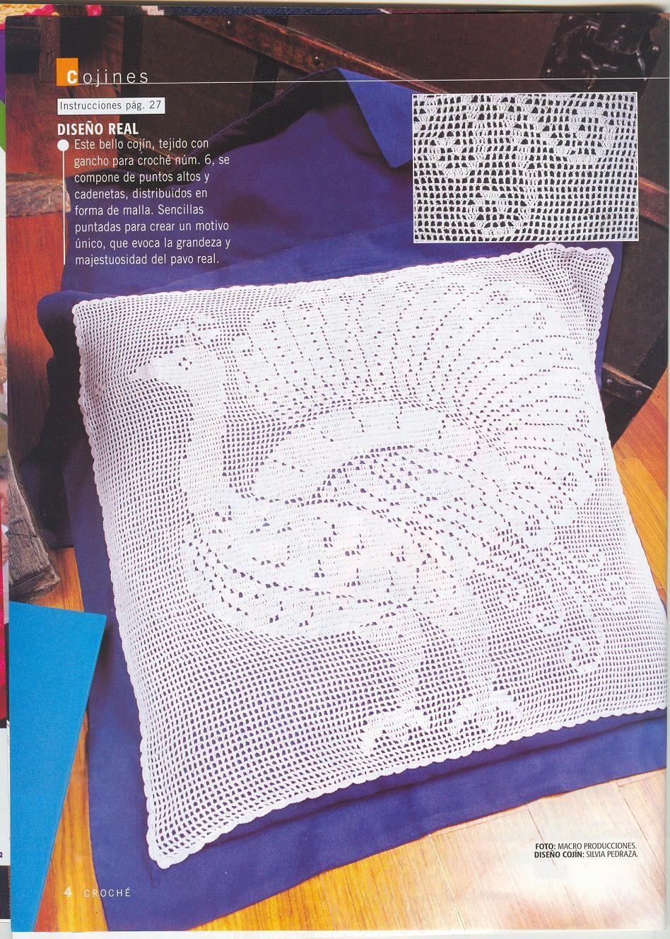 Delicadezas en crochet Gabriela: Cojín pavo real