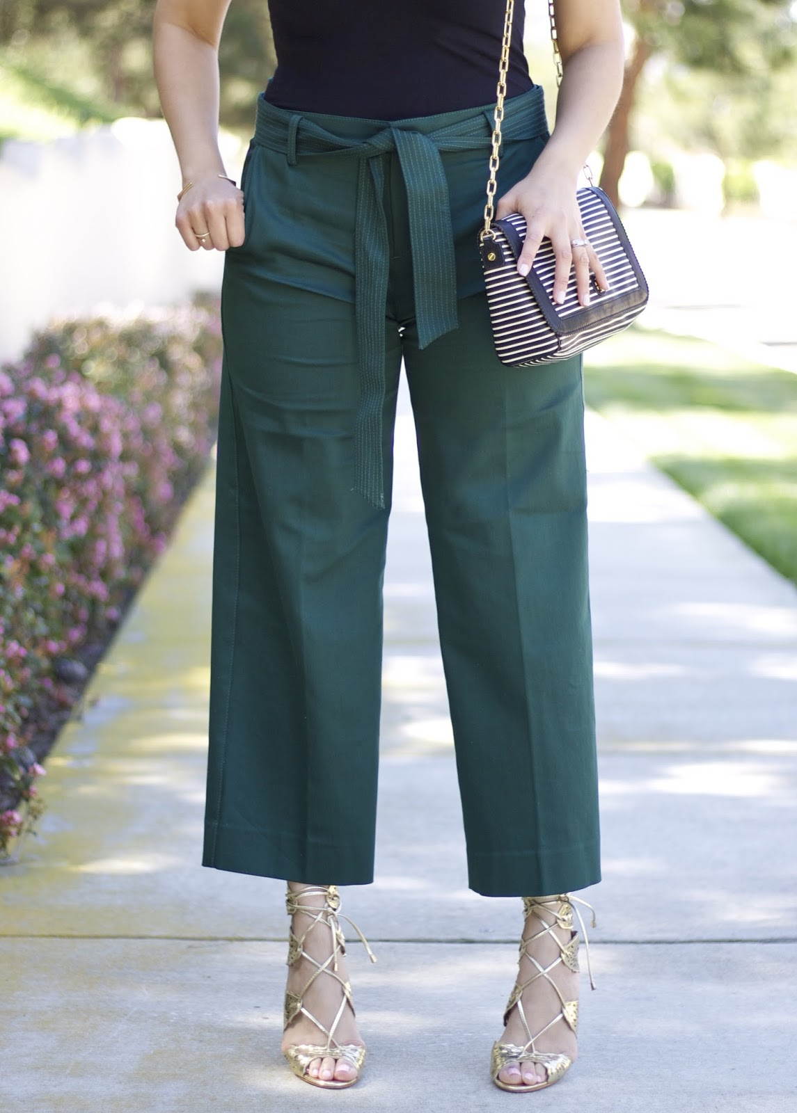 Culottes Outfit, banana republic culottes, green pants, how to wear green pants