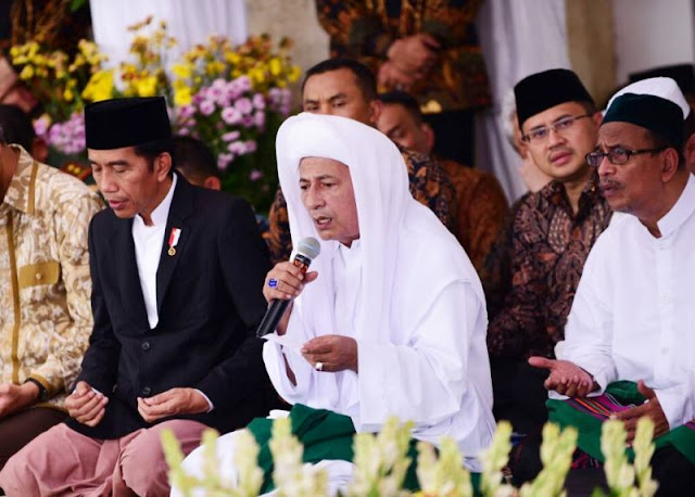 Ketika si Doi Siap Revolusi, Habib Lutfi bin Yahya Siap Bela NKRI
