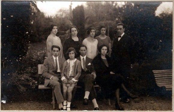 Familia Méndez de Andés, Villa Excélsior, Luarca, Asturias