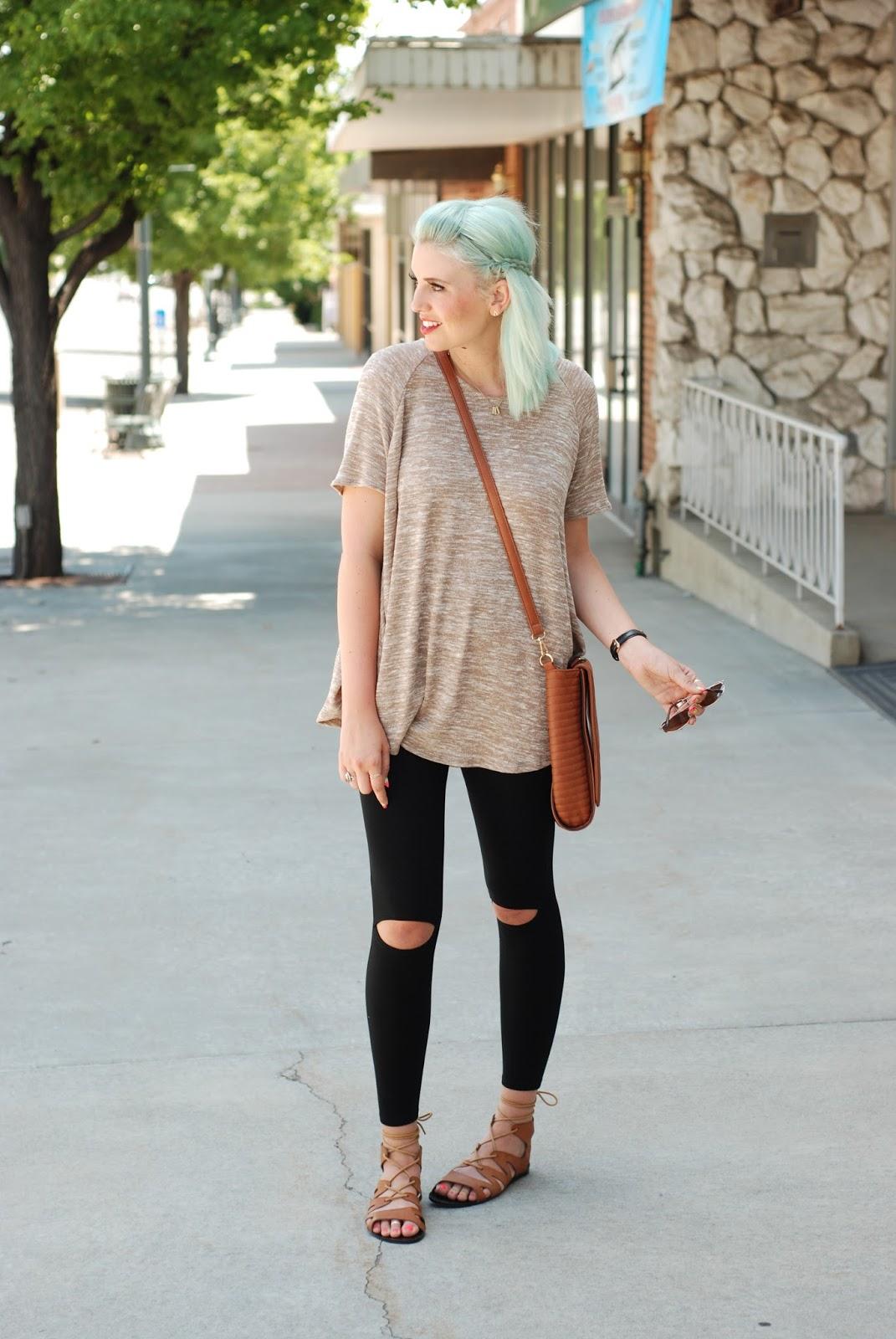 Sidney Clark Designs, Modest Fashion blogger, Caralase