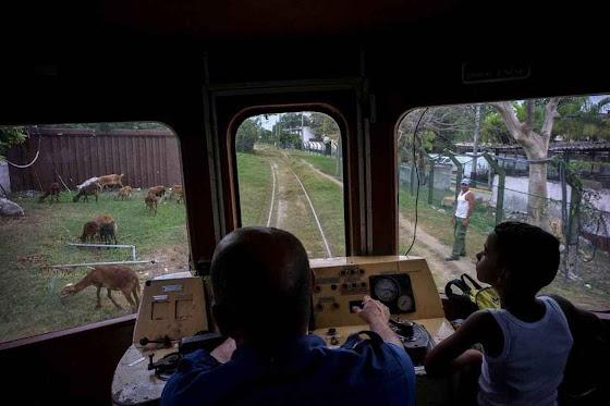 Cuba de trem é a experiência da miséria ao vivo.