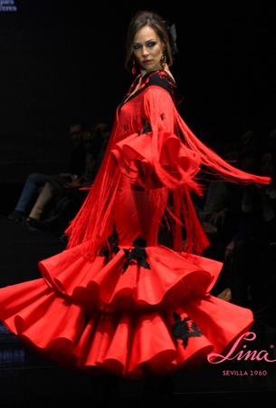 trajes de flamenca Lina colección 2016