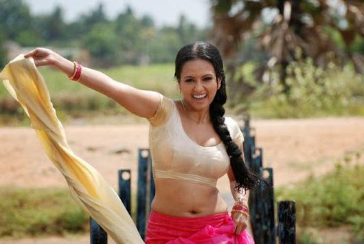 Tamil Actress Boob Press