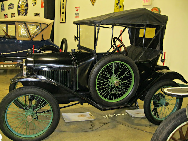 1915 Trumbull - Tupelo Automobile Museum - Photo by Cynthia Sylvestermouse