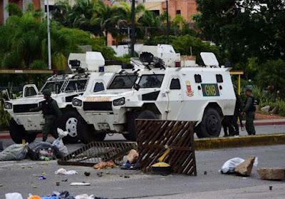 muerto y herido grave en levantamiento militar en Venezuela