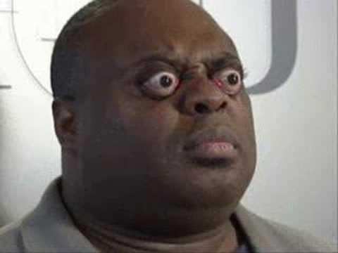 Imágenes de actores graciosos negros chistosos cómicos con humor de color ojos saltones grandes