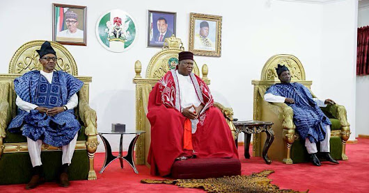 WHEN BUHARI COMES VISITING BENUE, HE SHOULD RESPECT OUR ROYAL FATHERS TOO